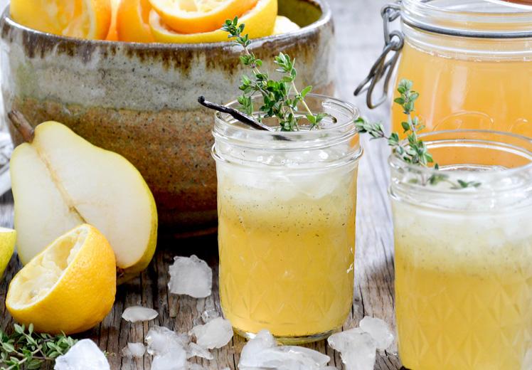 Vanilla-Pear Spiced Bourbon Lemonade Fizz