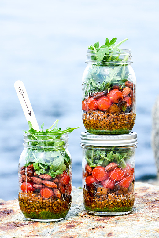 Wheat Berry and Blistered Tomato Mason Jar Salads with Basil-Almond Pesto | www.floatingkitchen.net