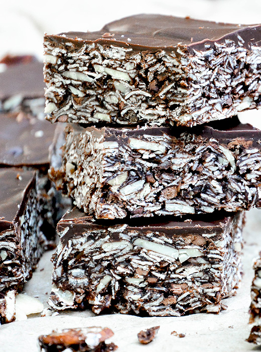 Chocolate-Almond Granola Bars | www.floatingkitchen.net