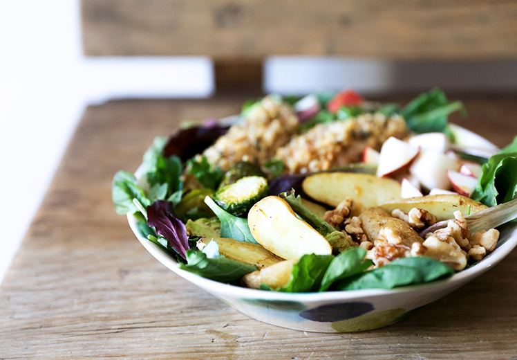 Walnut-Crusted Chicken and Roasted Vegetable Salad | www.floatingkitchen.net