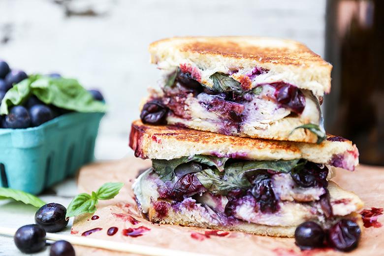 The Best Chicken Sandwich | www.floatingkitchen.net