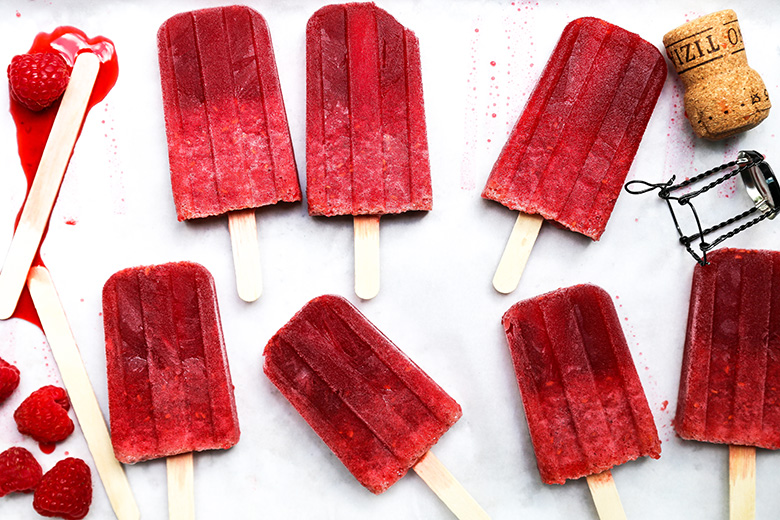 Prosecco Raspberry Popsicles {Popsicle Week}