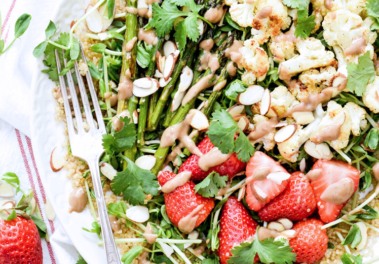 Cauliflower-Asparagus-Strawberry-Salad-3