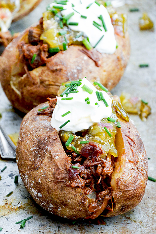 Baked Potatoes with Shredded Barbecue Beef and Tomatillo Jam | www.floatingkitchen.net