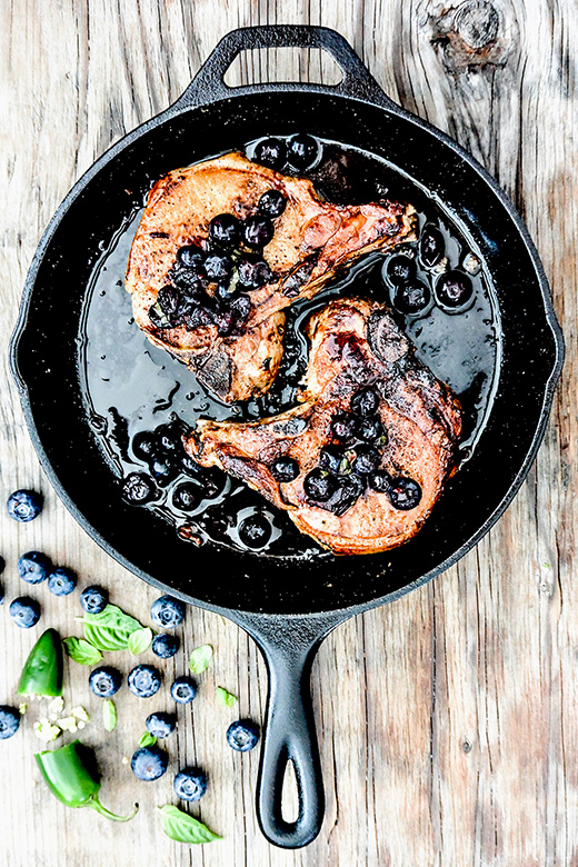 Thick Cut Pork Chops with Blueberry Salsa | www.floatingkitchen.net