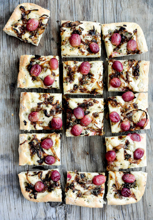 Grape and Caramelized Onion Herbed Focaccia | www.floatingkitchen.net