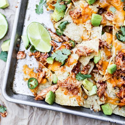 Barbecue Chicken Nachos | www.floatingkitchen.net