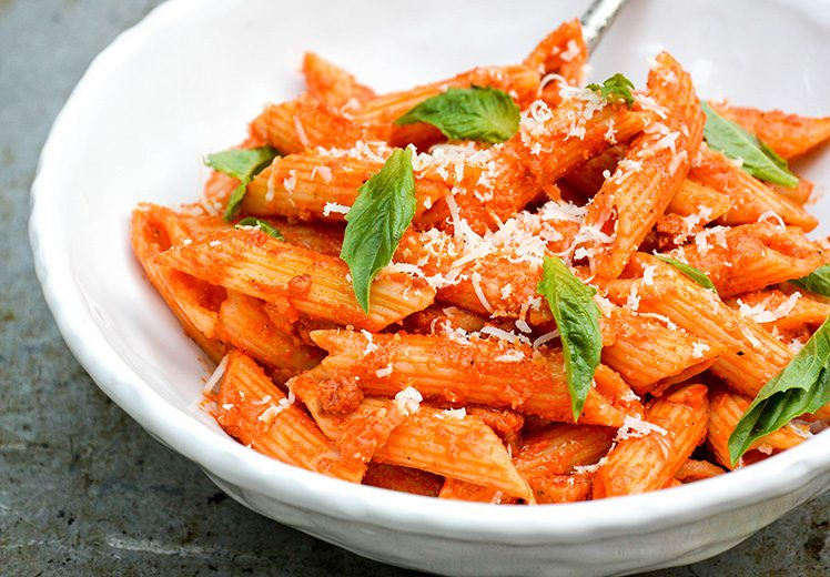 Penne Pasta with Roasted Red Pepper and Goat Cheese Sauce ...