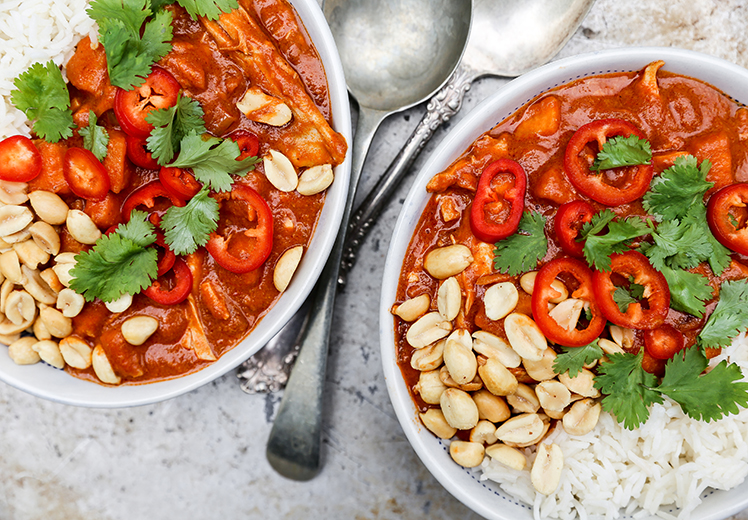 African Peanut Stew with Chicken and Sweet Potatoes | www.floatingkitchen.net