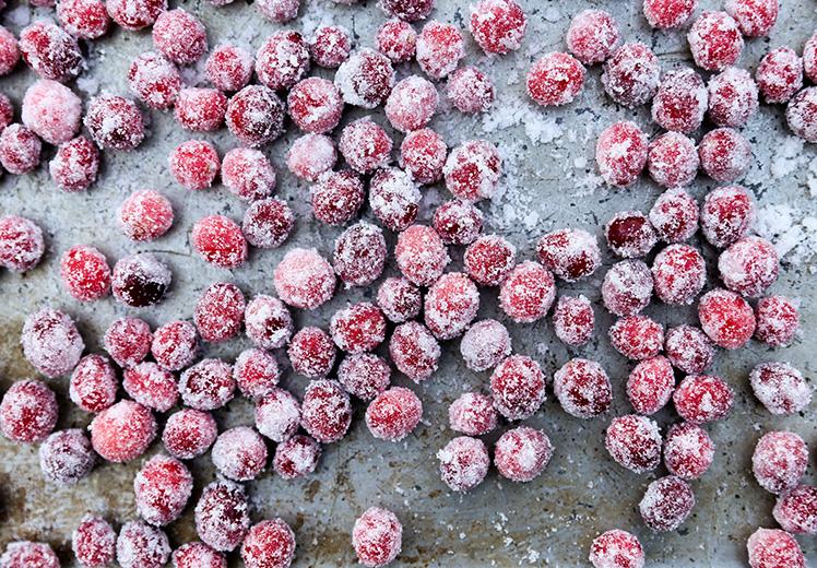 Sparkling Sugared Cranberries | www.floatingkitchen.net