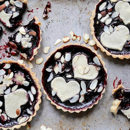Individual Blackberry Jam and Almond Tarts | www.floatingkitchen.net