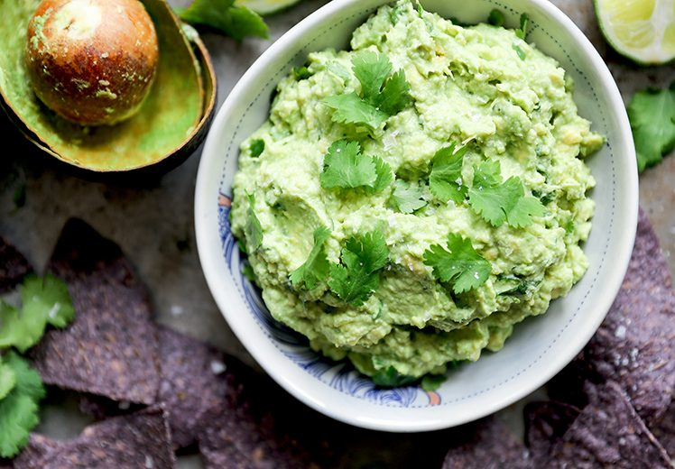 Guacamole with Greek Yogurt | www.floatingkitchen.net