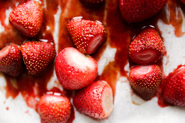 Roasted Strawberries | www.floatingkitchen.net