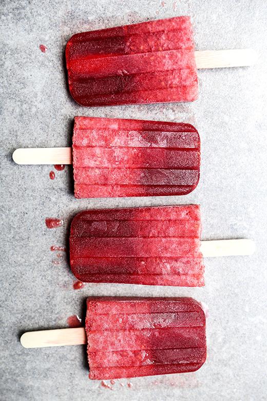 Prosecco Raspberry Popsicles {Popsicle Week} | www.floatingkitchen.net
