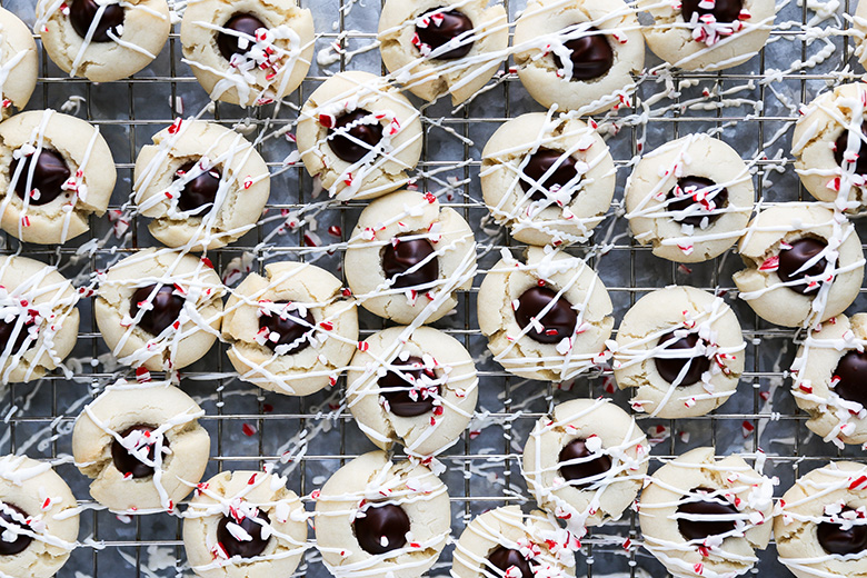 Peppermint Chocolate Thumbprint Cookies | www.floatingkitchen.net