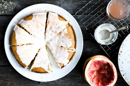 Olive Oil Cornmeal Cake with Grapefruit and Fennel | www.floatingkitchen.net