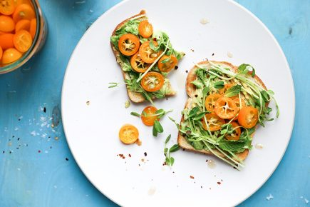 Quick-Pickled Kumquat Avocado Toast | www.floatingkitchen.net