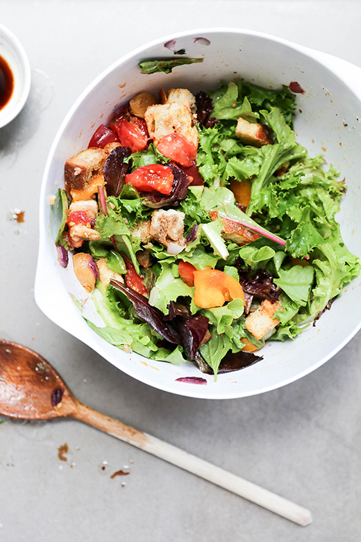 Panzanella Salad with Roasted Garlic | www.floatingkitchen.net