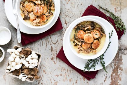 Scallops and Mushrooms in White Wine Sauce over Crème Fraîche Polenta | www.floatingkitchen.net