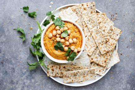 Spiced Roasted Carrot Hummus | www.floatingkitchen.net