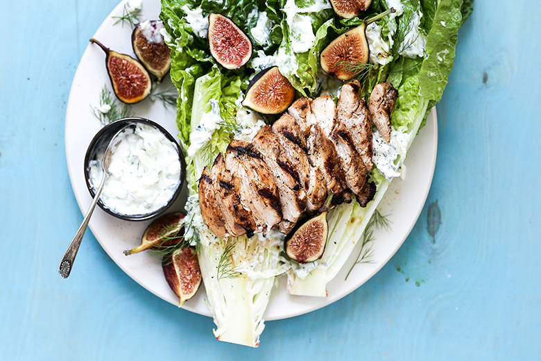 Easy Grilled Chicken and Romaine Lettuce Heart Salad with Tzatziki Sauce | www.floatingkitchen.net