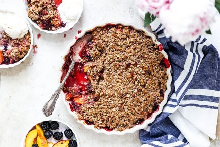 Peach-Blackberry Crisp | www.floatingkitchen.net