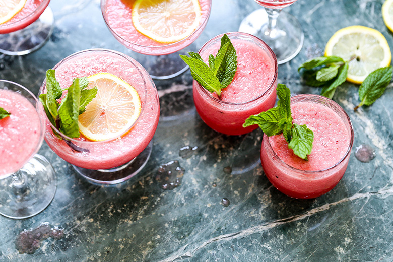 Watermelon Limoncello Prosecco Slushies | www.floatingkitchen.net