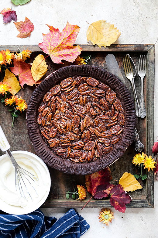 Chocolate Lovers Pecan Pie | www.floatingkitchen.net