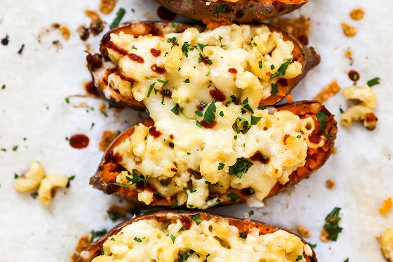 Mac and Cheese Stuffed Sweet Potato Skins | www.floatingkitchen.net