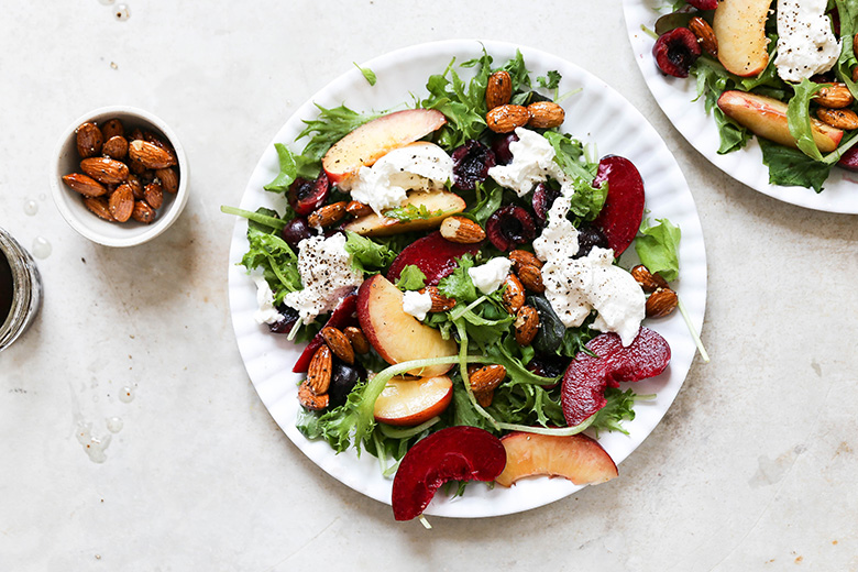 Summer Stone Fruit Salad with Burrata and Salt & Pepper Almonds | www.floatingkitchen.net