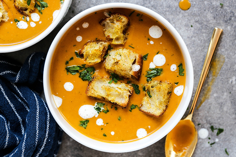Creamy Sweet Potato, Pear and Leek Soup with Spiced Croutons | www.floatingkitchen.net