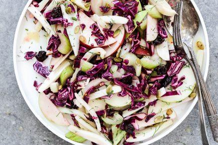 Super Crunchy Fennel, Apple and Cabbage Slaw | www.floatingkitchen.net