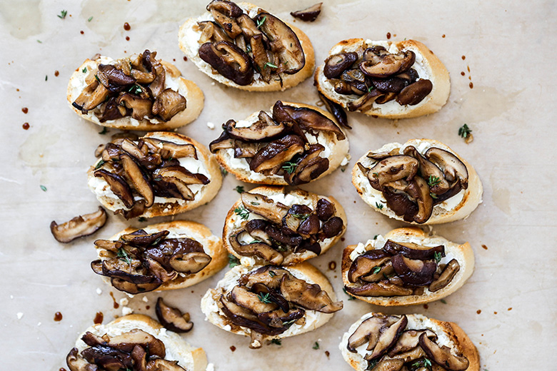 Mushroom and Goat Cheese Crostini | www.floatingkitchen.net