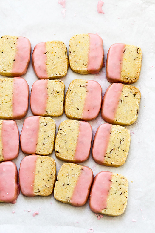 Blood Orange, Almond and Rosemary Slice and Bake Shortbread Cookies | www.floatingkitchen.net