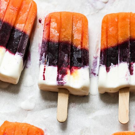 Fresh Peach, Blueberry and Vanilla Layered Popsicles | www.floatingkitchen.net